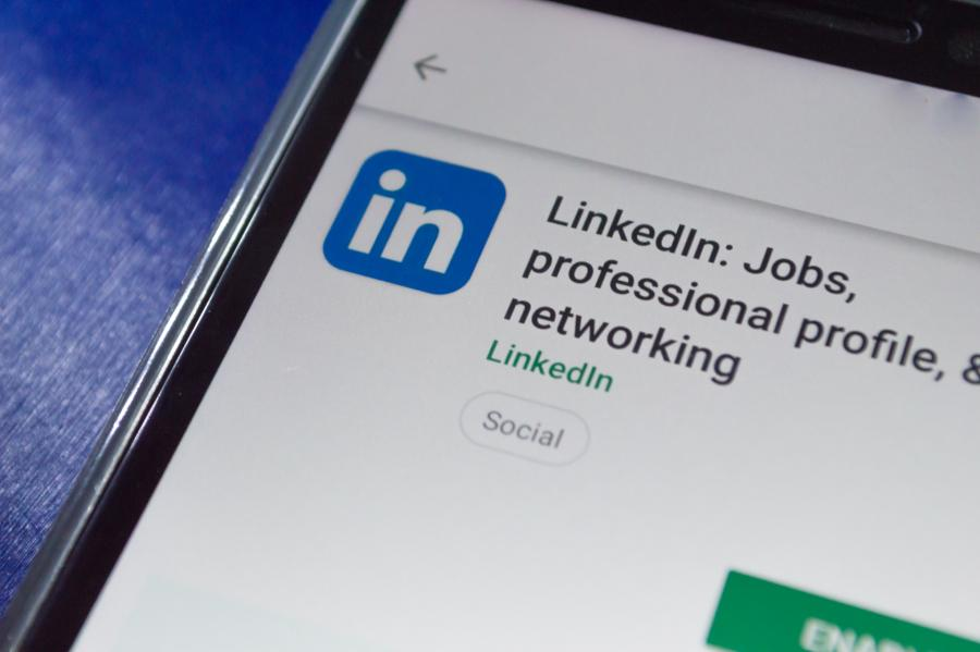 Giải bài toán khó khăn khi tuyển dụng với tính năng Job Slot của LinkedIn